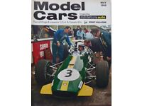 MODEL CARS - NOSTALGIC AND VINTAGE COLLECTABLE MAGAZINES (18 various - Jan 1968 – Sept 1969)