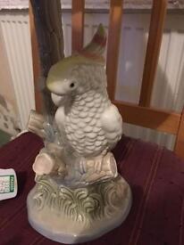 Lovely retro vintage ceramic parrot cockatoo lamp