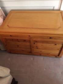 WOODEN CHEST MADE OUT OF PINE WOOD IN EXCELLENT CONDITION FOR SALE