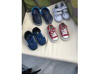 Boys shoes size 4