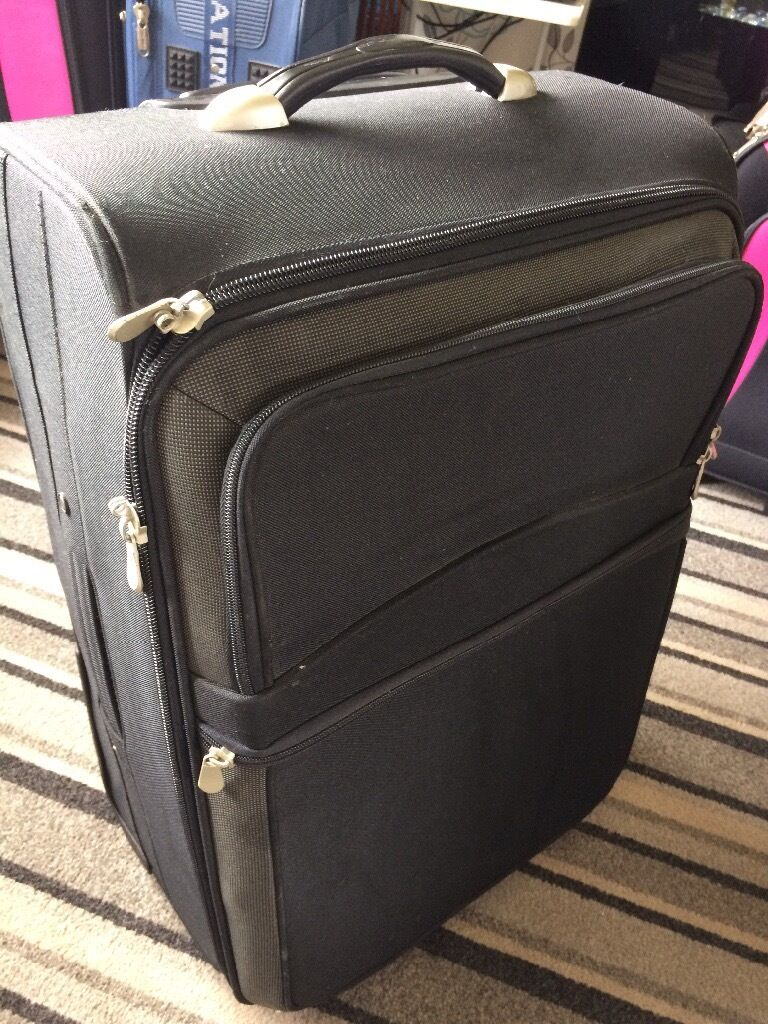 Black medium suitcase for sale £10 | in Wallsend, Tyne and Wear ...