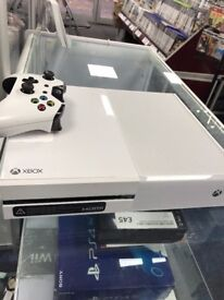 White Xbox one S - USED - 500GB STORAGE - CAN BE SWAPPED IN STORE -