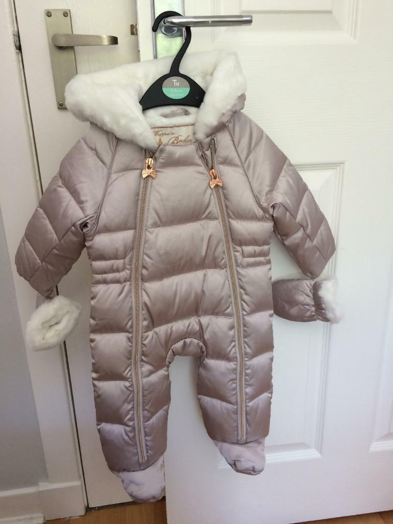 9b9033ce3 3-6 month baby snow suit | in Corstorphine, Edinburgh | Gumtree
