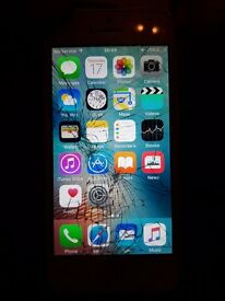Iphone 5 smashed screen fully working