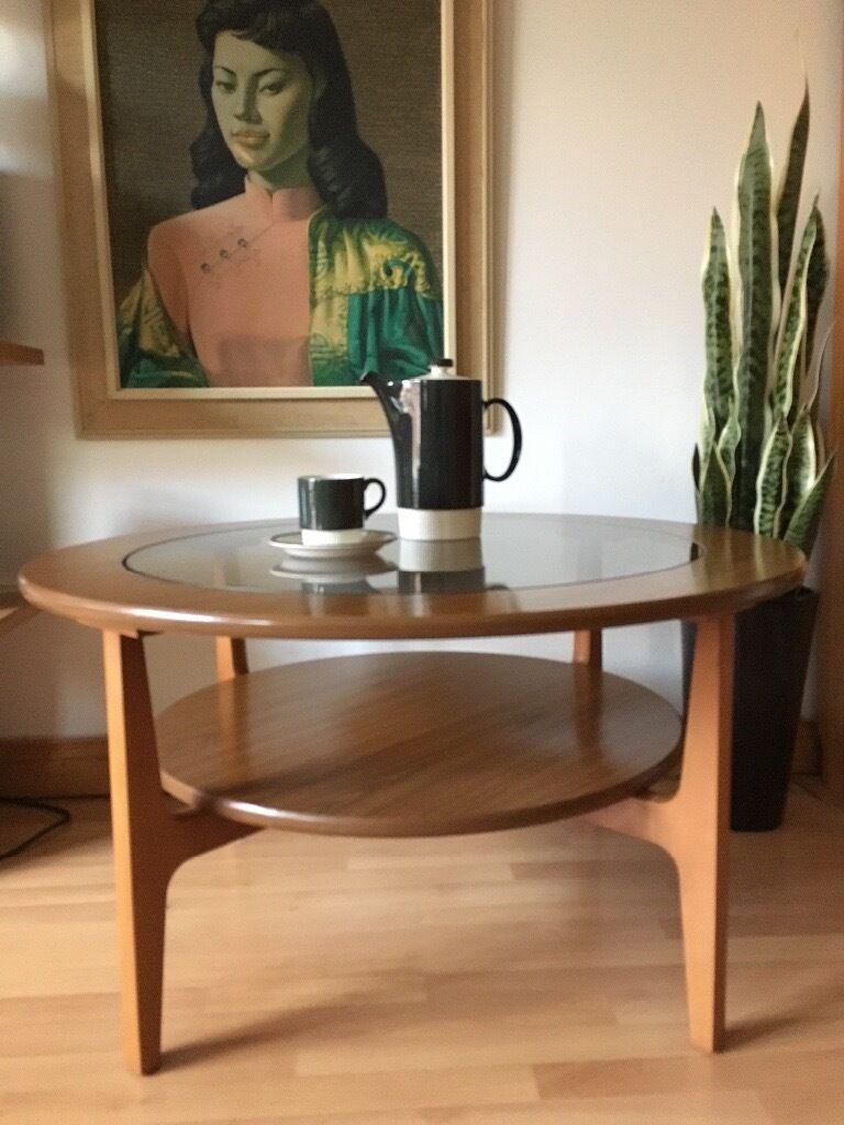 Vintage Retro Mid Century Circular Teak Veneer Coffee Table