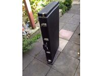 Spider Guitar stand case to hold 8 Electrics or 4 Acoustics