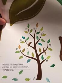 DecoWall Graphic Wall Stickers Tree