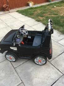 Kids land rover rS sport electric car.