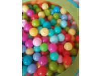 Ball pool balls (huge amount) girls, boys or ubisex