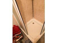 Complete shower unit