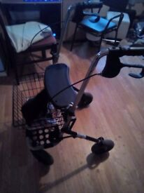Rollator walker in vgc barely used
