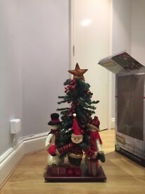 Kingfisher 81cm free standing fully decorated Christmas tree