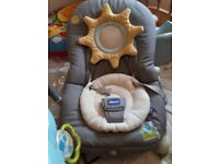 Chicco baby nouncer/rocket in excellent condition