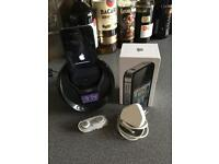 IPHONE 📱 WITH DOCKING STATION ORIGINAL BOX CHARGER AND BRAND NEW HEADPHONES 🎧