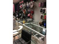 2 office space for rent and 3 shop unit space for rent in Hounslow Highs street