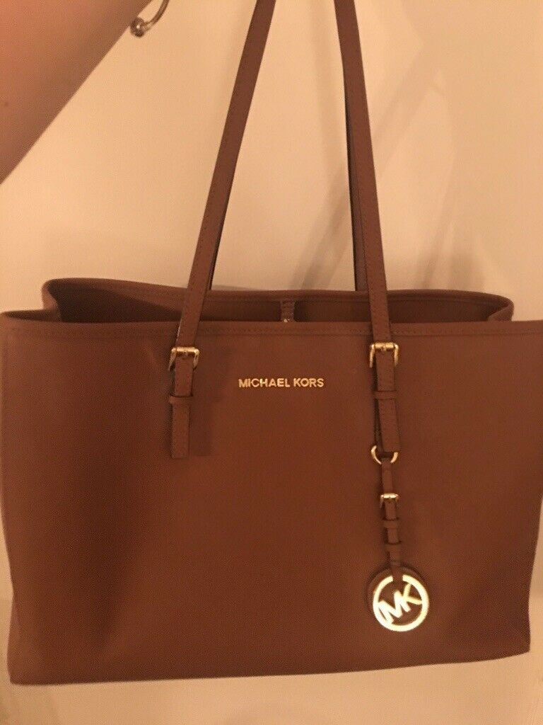 Genuine Michael Kors bag from Selfridges  798a9fa5c8d1d