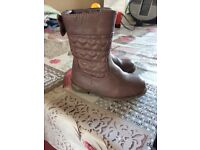 Girls size 6 toddler boots NEW