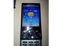 Sony Ericsson W995 Unlocked (Phone Faulty) Comes With Accessories