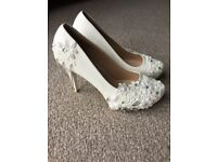 Beautiful size 5 Wedding shoes, leather with lace and diamante detail