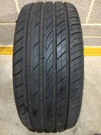 235 40 18 Ovation tyre