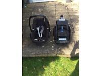 Maxi cosy pebble car seat and isofix base