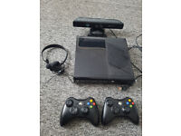 Xbox 360 500 GB Console with Kinect