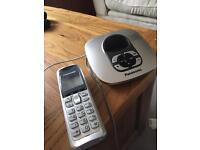 Panasonic cordless phone with answerphone