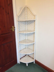 Rattan corner unit for upcycling