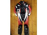 Dainese full leather suit 2 piece size 50 (may fit 52)