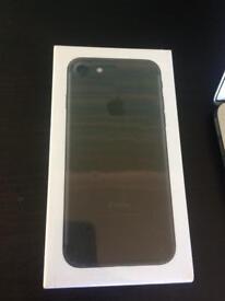 I phone 7 32gb BRAND New Great XMAS present RRP £550