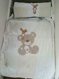 Bear cot blanket and bumper