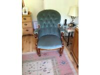 Antique victorian buttoned back chair