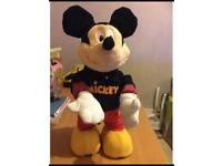 Mickey Mouse dance star