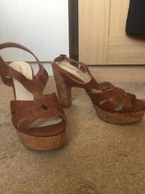 Woman's tan size 8 sandals