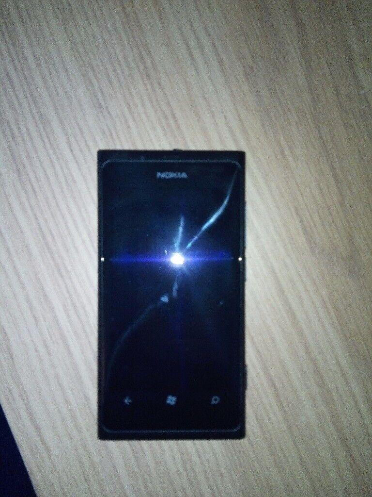 Nokia Lumia 800 16GB (Unlocked)