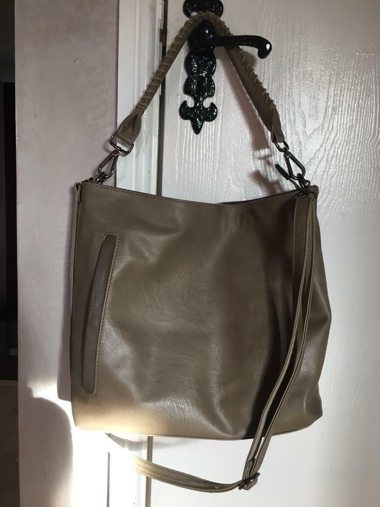 David Jones Las Handbag Can Post