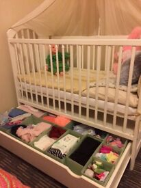 Baby bed very good condition