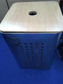 Metal linen box