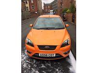 Orange Ford Focus ST-2 // 71,000 Miles MOT until Feb 2018