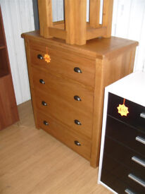 Heart of House Kent 4 Drawer Wide Chest of Drawers