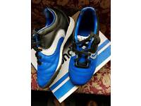 Kids Sondico football trainers size 11