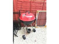 Barbecue Barbeques grill + brush & tongs
