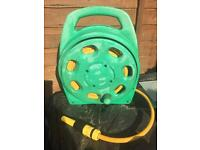 HOSELOK GARDEN HOSE AND REEL