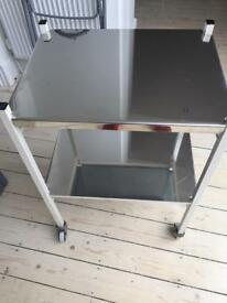 Surgical trolley with 2 mirror shelves