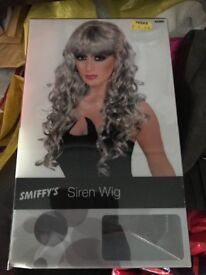 White/grey curl wig