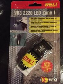 PELI 2220 VB3 LED