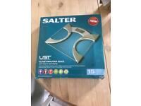 Salter Glass Analyser Scales