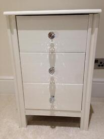 Shabby chic bedside table crystal handles