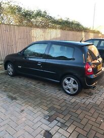 Renault clio sport 2.0 very clean best cash offer or swap near £2000