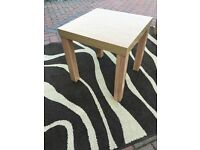 Square coffee table H45 x D45 x W45 in good condition, light oak effect